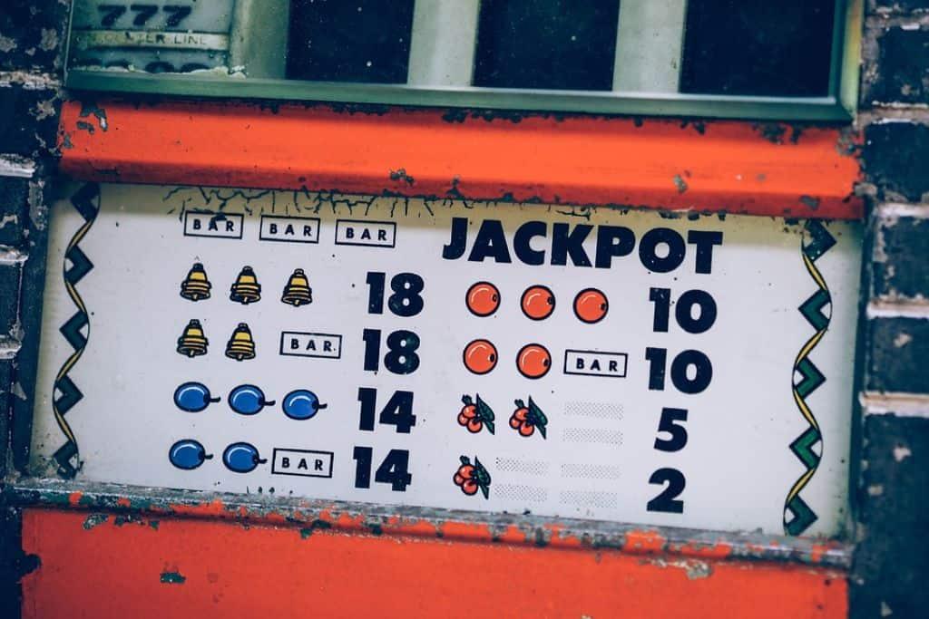 Retro slot with jackpot
